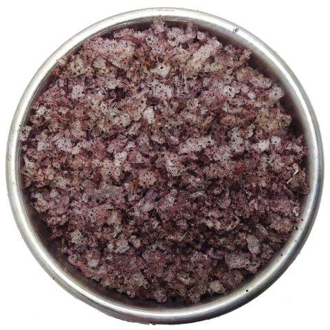 Smoked sea salt & Australian pepper berries